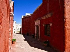 """""""Red Alley"""" - Peru"""